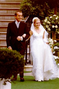 Nixon_with_daughter_Tricia_marriage_1971